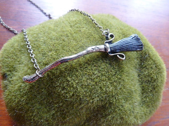 Harry Potter's Broom Necklace