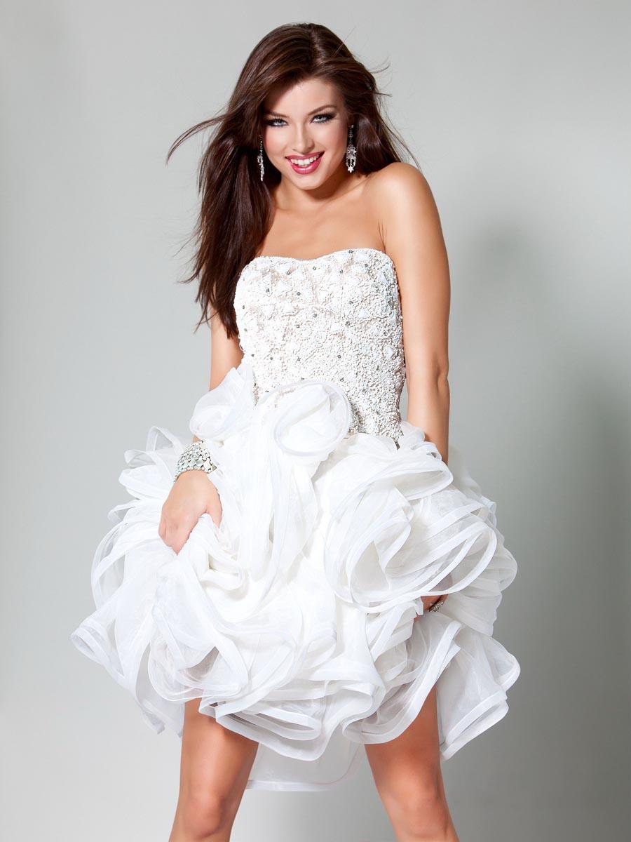 white-wedding-cocktail-dress-strapless-white-cocktail-dresses-online-fashion-trends-magazine