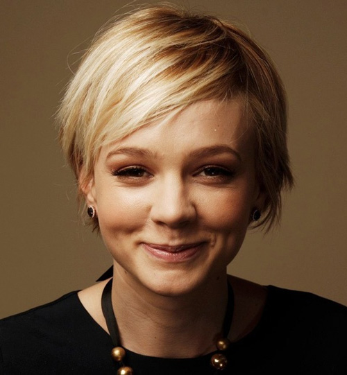 Short-Blonde-Pixie-Haircut