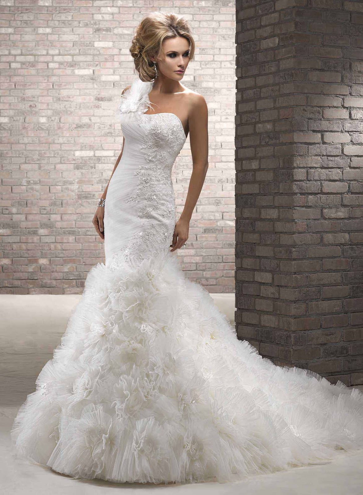 Mermaid Wedding Dresses With Bling And Ruffles Wallpaper