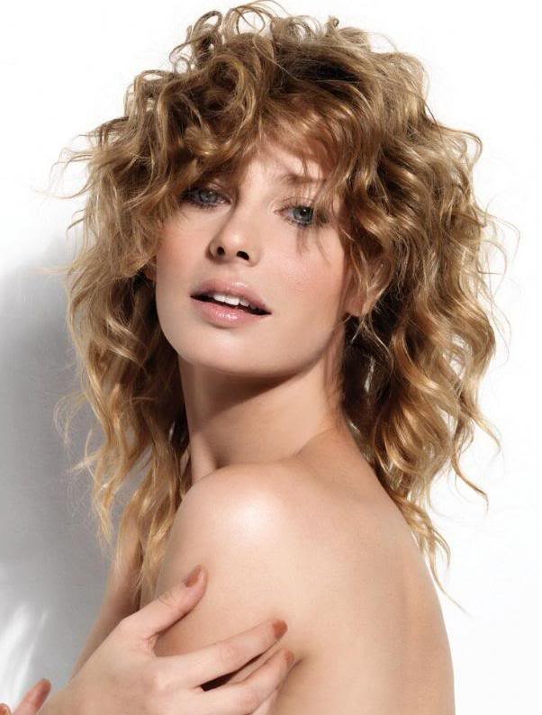 great-short-haircuts-for-curly-hair