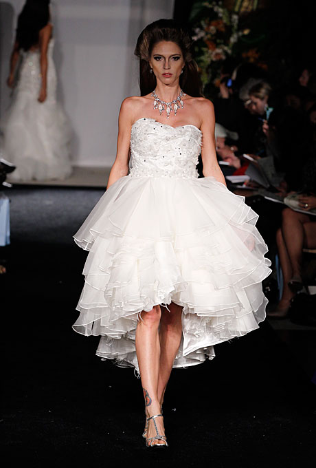 new-wedding-dress-trends-high-low-
