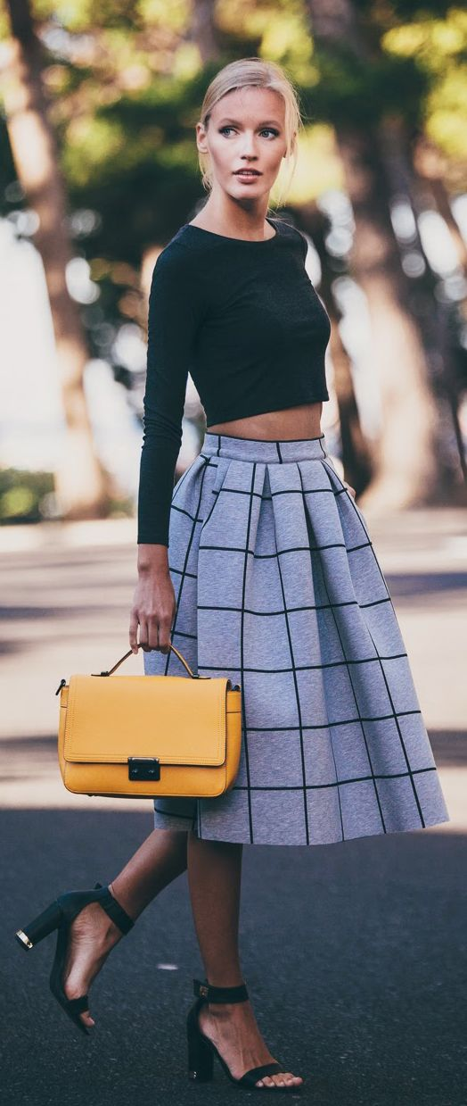 Crop-Top-and-Plaid-Skirt