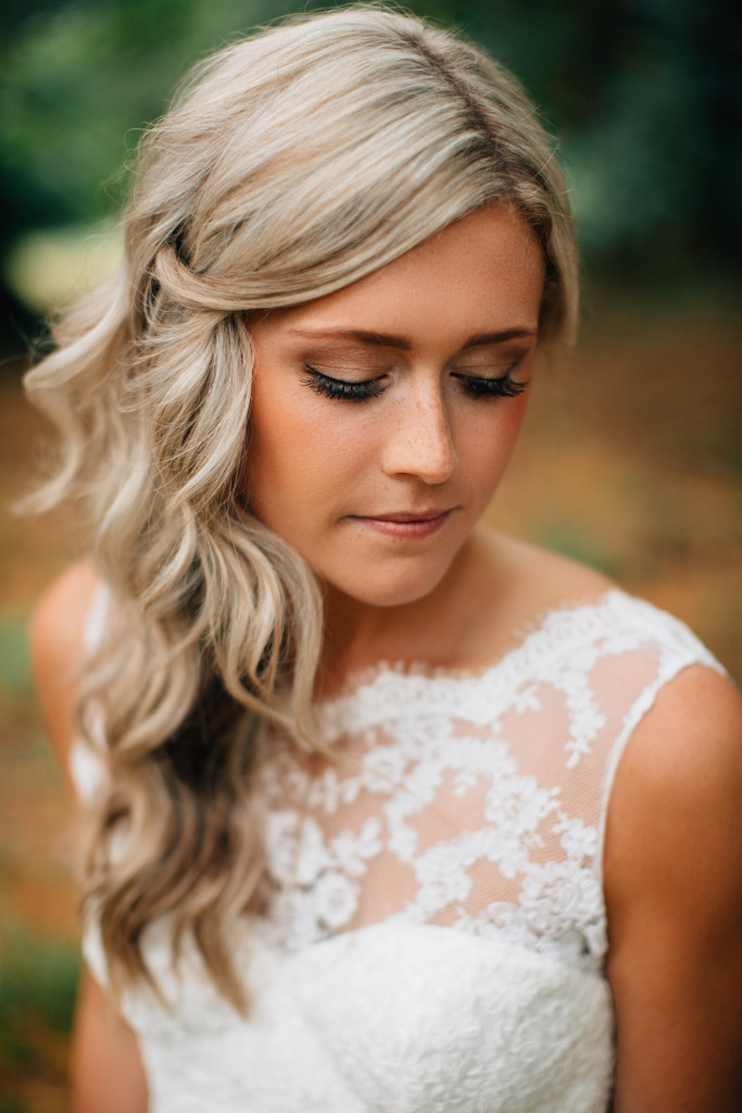 Most Outstanding Simple Wedding Hairstyles - The WoW Style