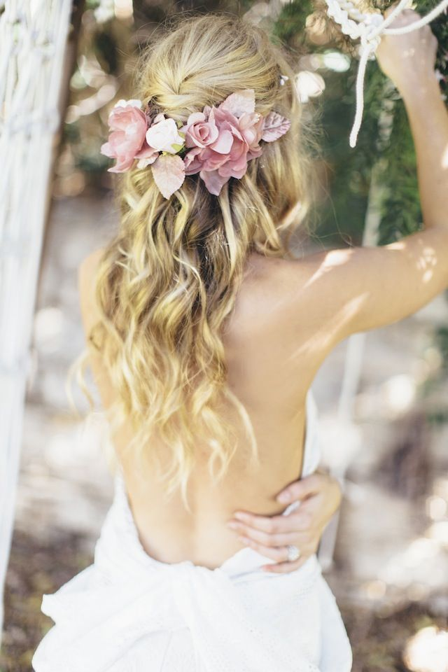 Simple Wedding Hairstyles With Flowers