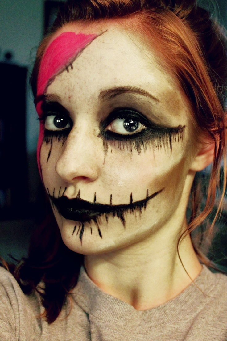 Easy-Ripped-Mouth-Halloween-Makeup