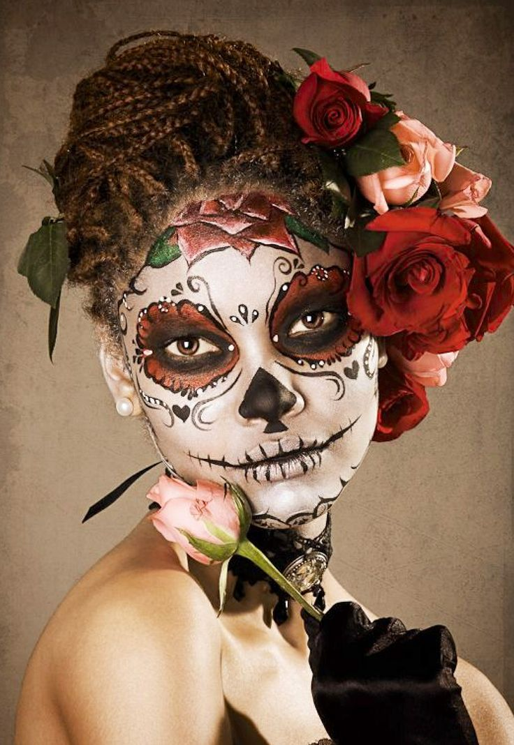 Looks-awesome-with-Catrina-Halloween-Makeup