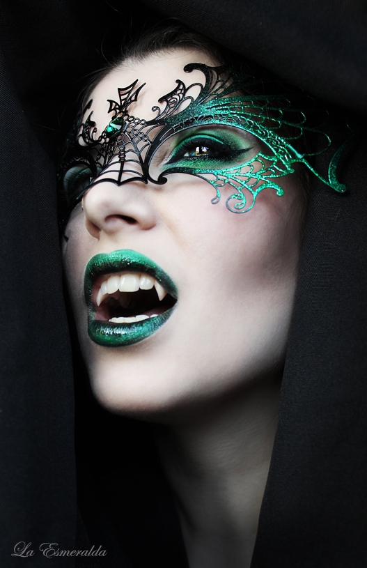 Night-of-the-Dragon-Ghotic-Halloween-Makeup
