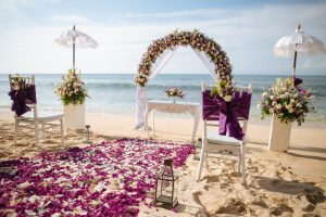5 Most Popular Wedding Flowers for Your Beach Wedding