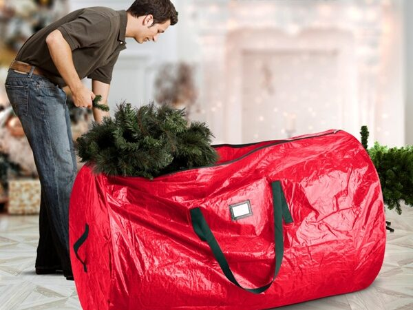 What Is the Best Christmas Tree Storage Bag?