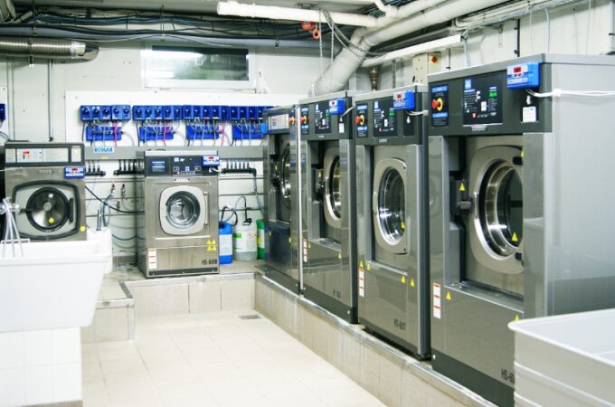 How To Start A Commercial Laundry Business?