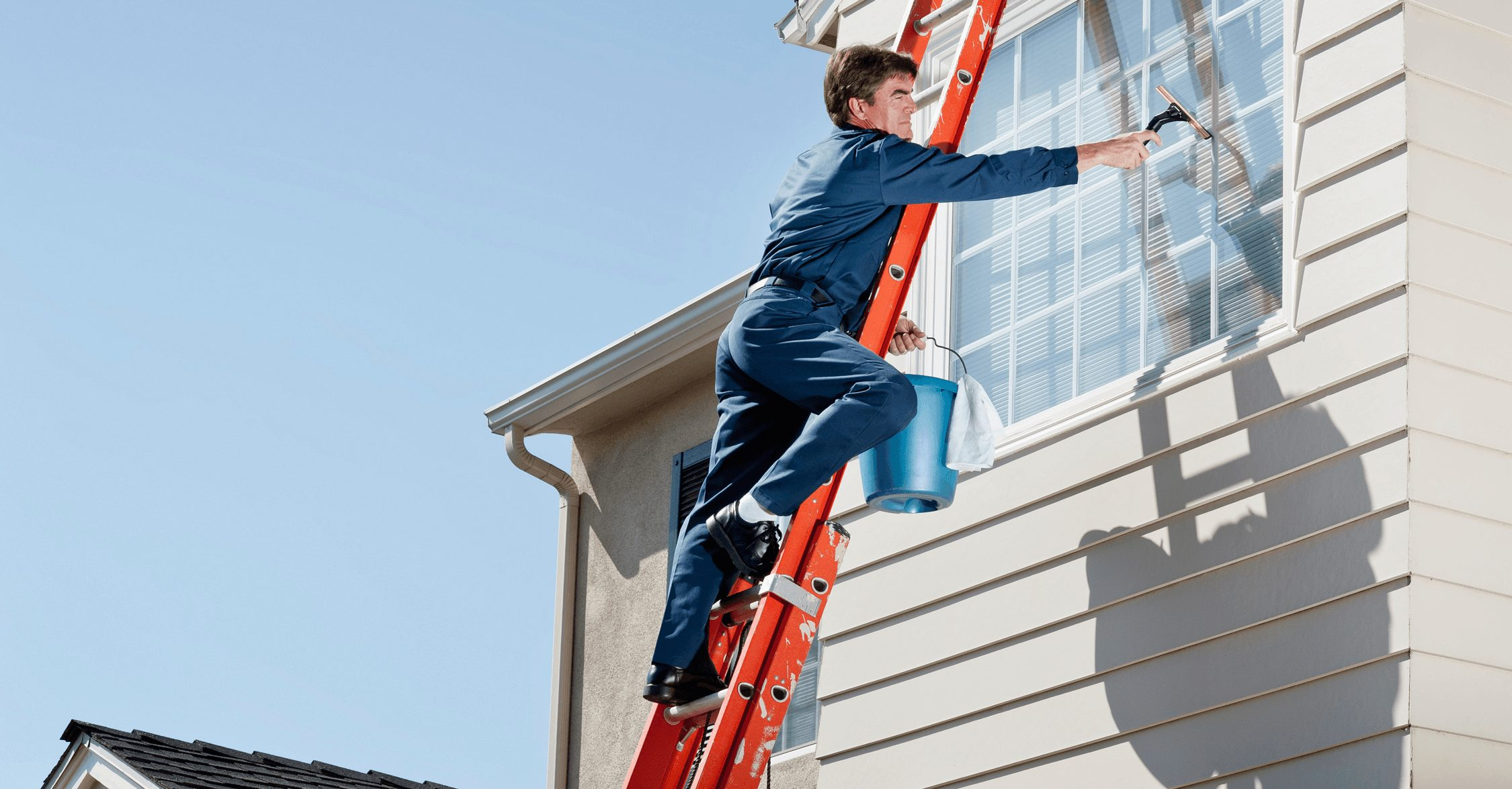 What to Look For When Hiring a Window Cleaner